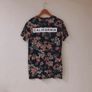 T-shirt California flower dress